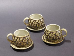 Kate Johnston, Let's Gossip over Coffee Cup Set