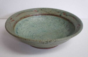 Shades of Ivy Serving Bowl